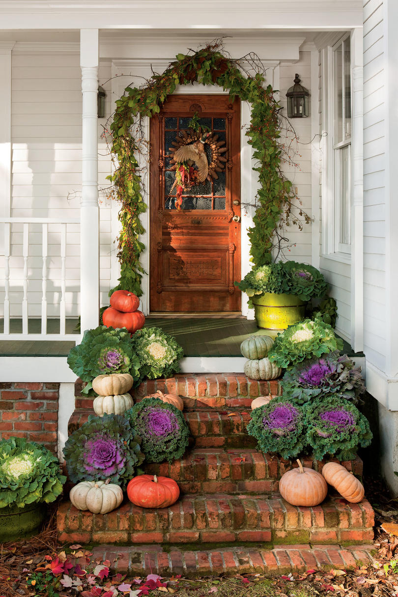 Decorating Around Harvest Gold Bathroom: Fall Decorating Ideas -Southern Living