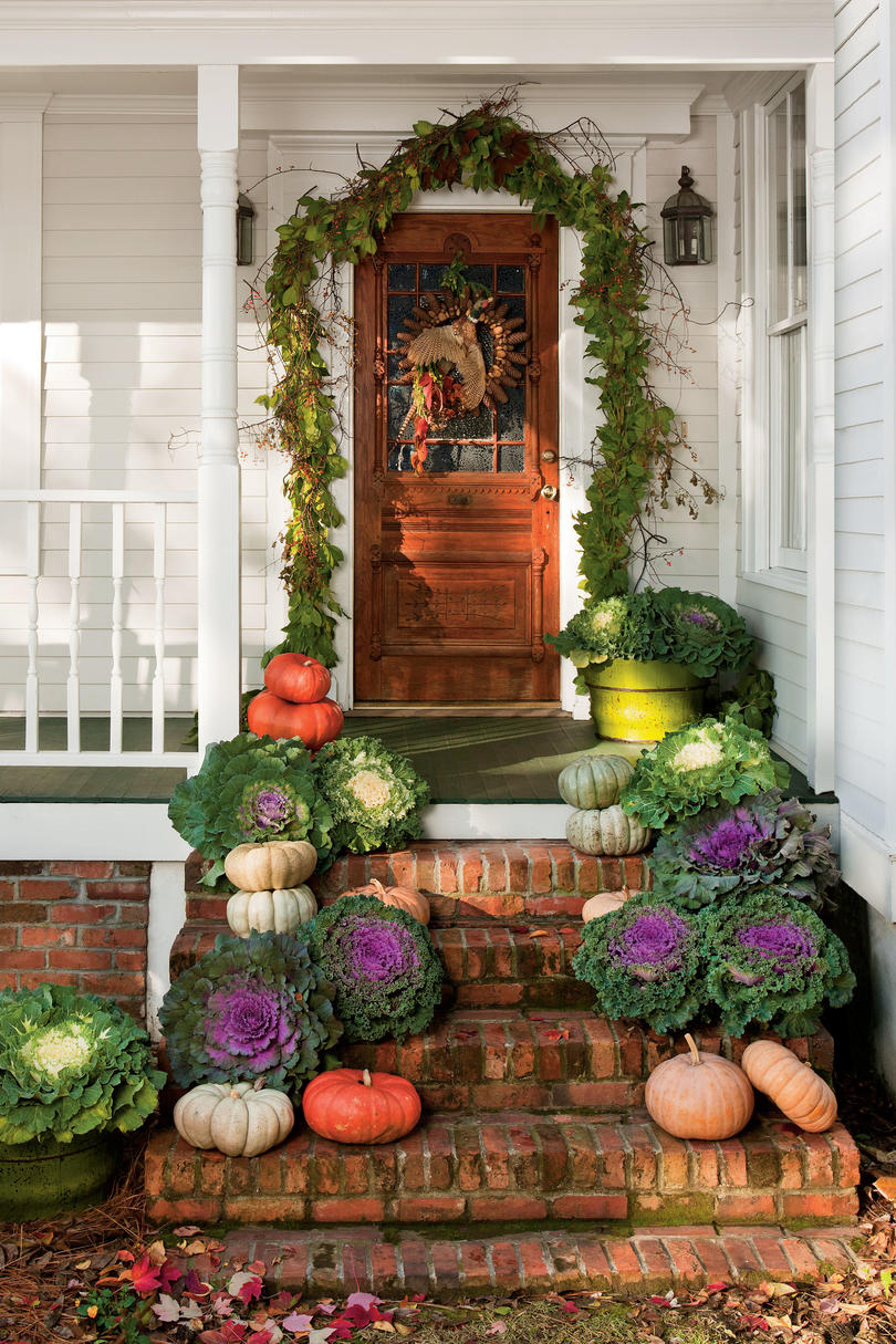 Front porches that have us so ready for fall southern living - Fall front porch ideas ...