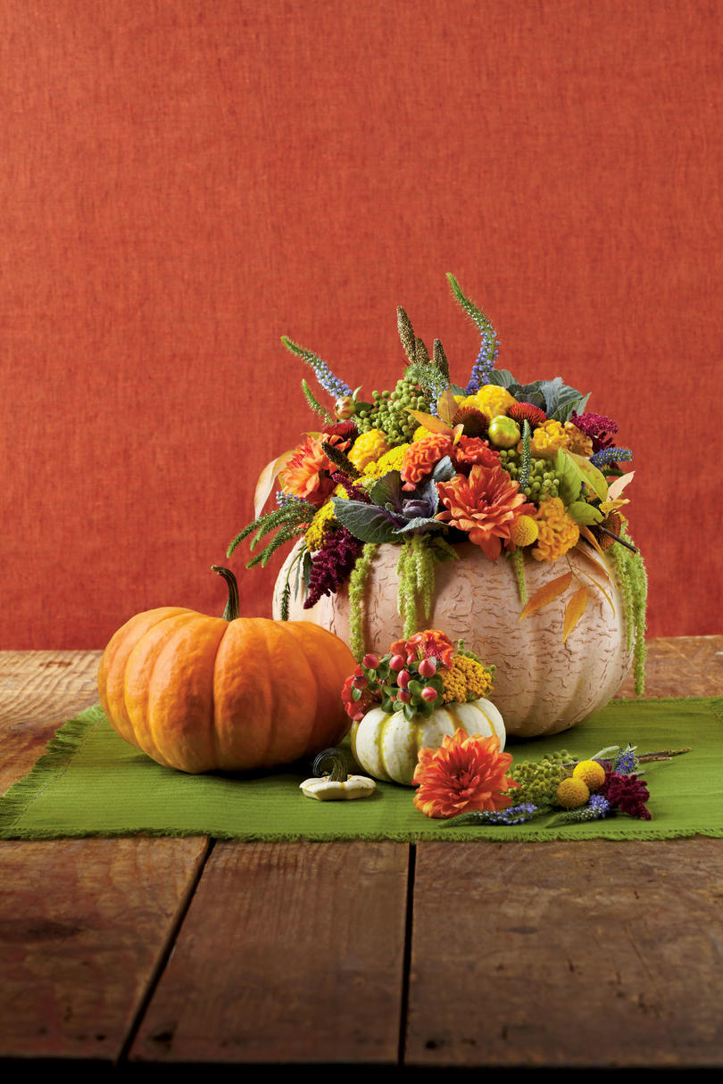 RX_1907_Fall Inspired Centerpiece Ideas_Pumpkin Vase