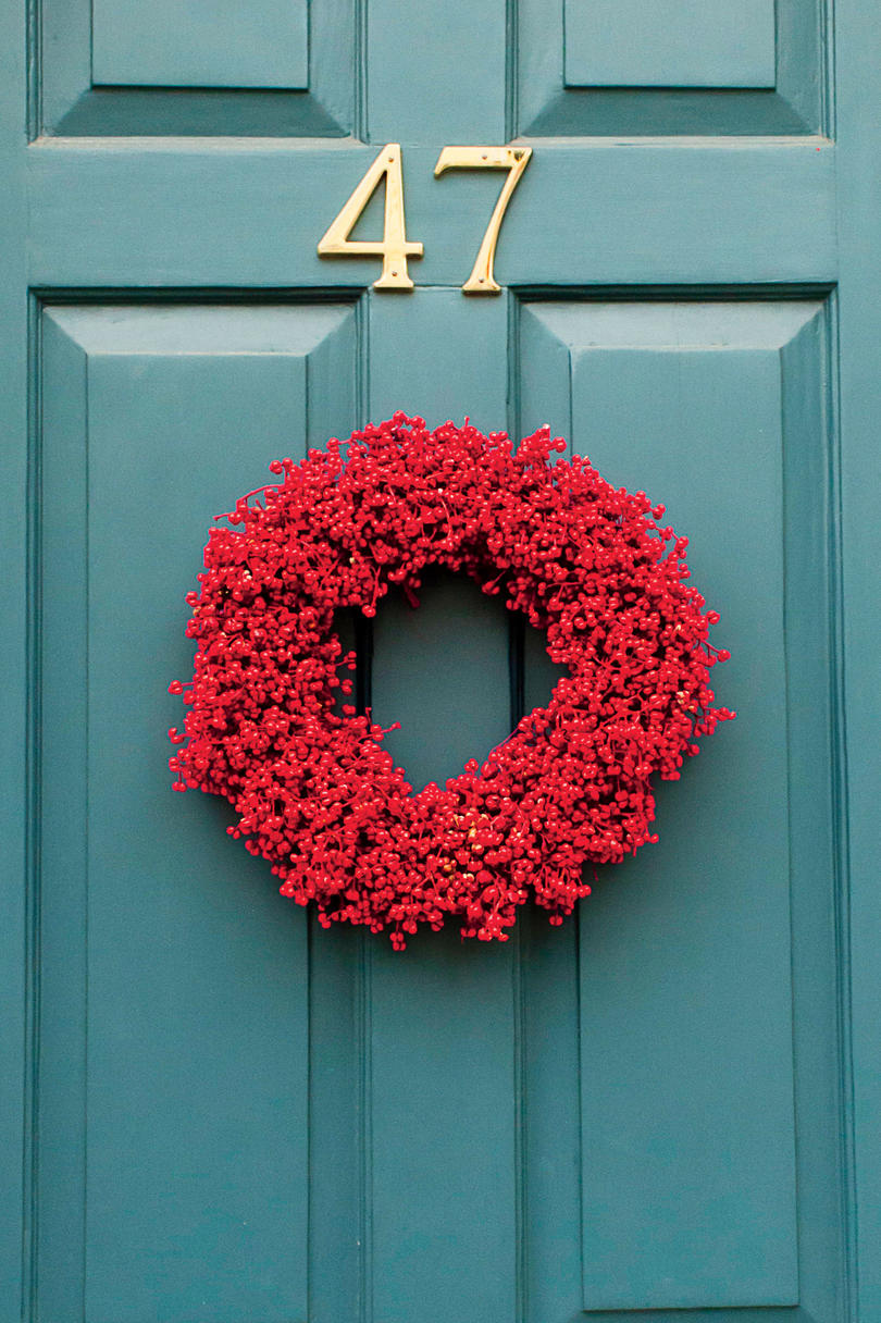 christmas wreath ideas 10 ways to decorate with magnolia this 11086