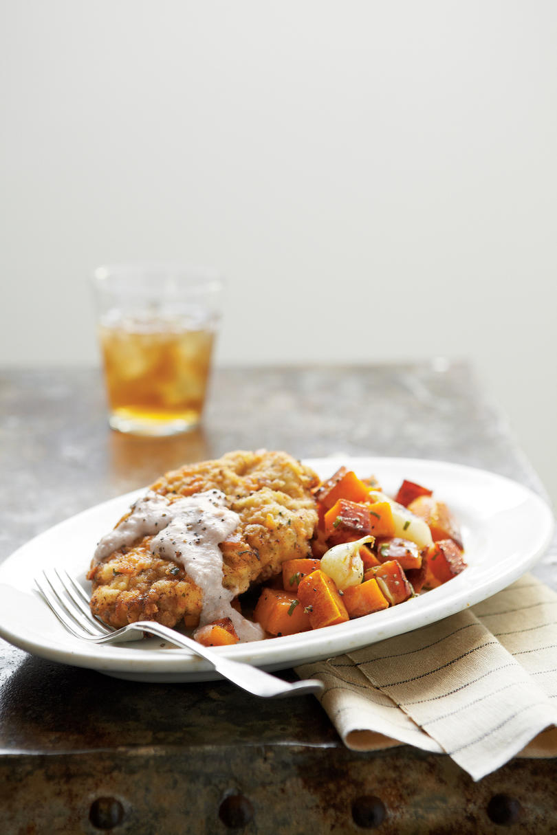 Country-Fried Steak with Uncle Ellis' Cornmeal Gravy