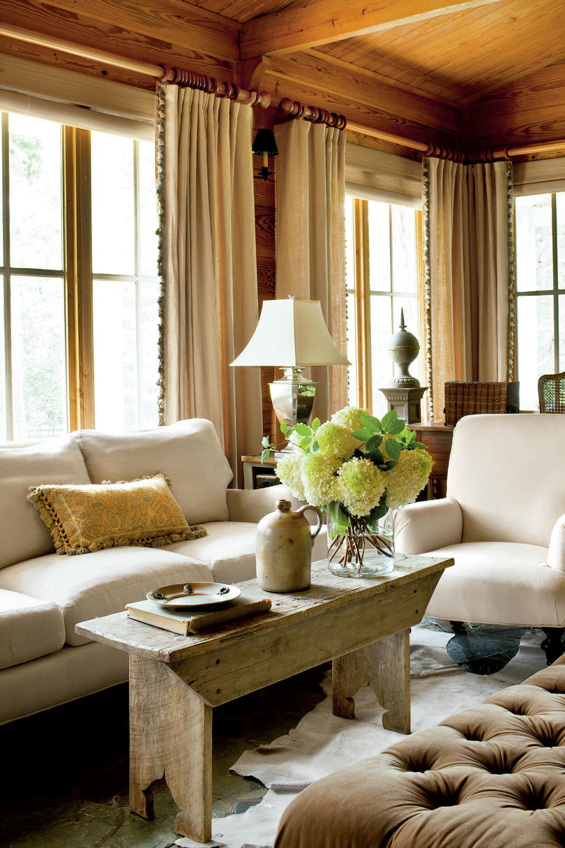 Rustic Touches Classic Farmhouse Decorating Southern