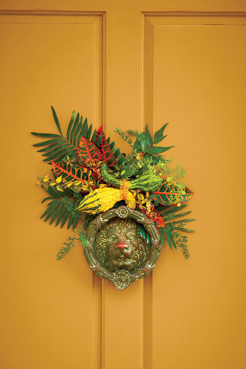 Fall Door Knocker Accent
