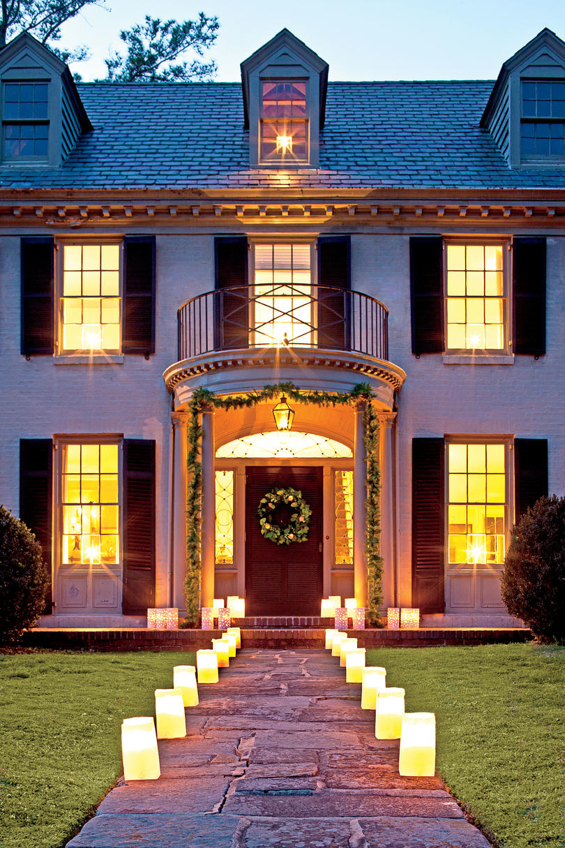Fresh Christmas Decorating Ideas Southern Living - Bright pink green colors outdoor home decorating romantic style