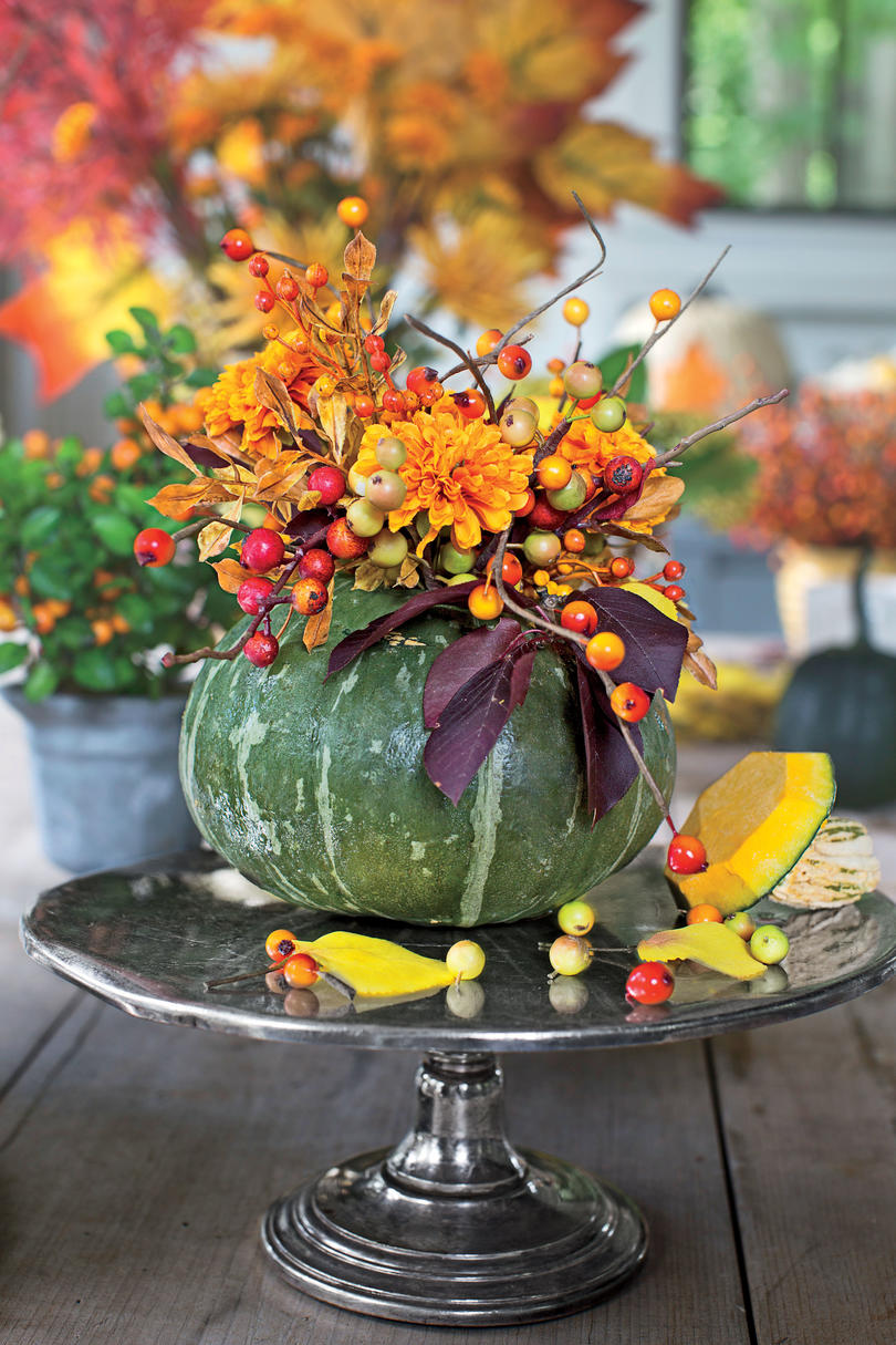 Fall decorating ideas southern living for Out of africa style decorating