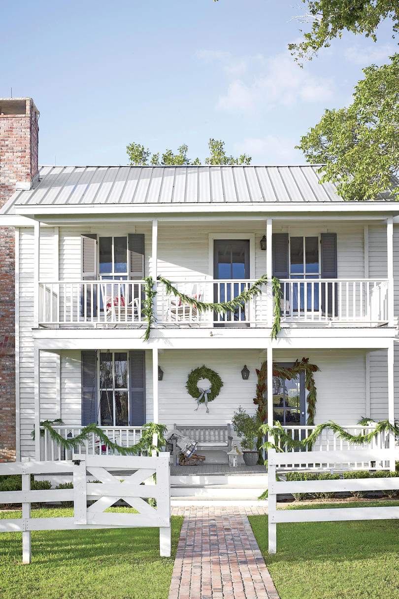 After: Charming Farmhouse Exterior
