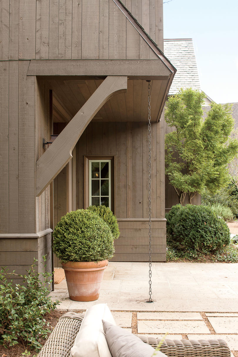 The Exterior: Entry