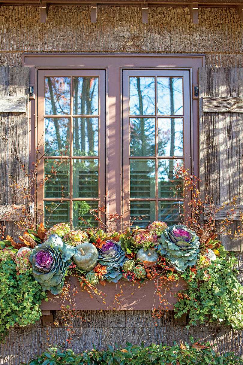 Transitional Window Box