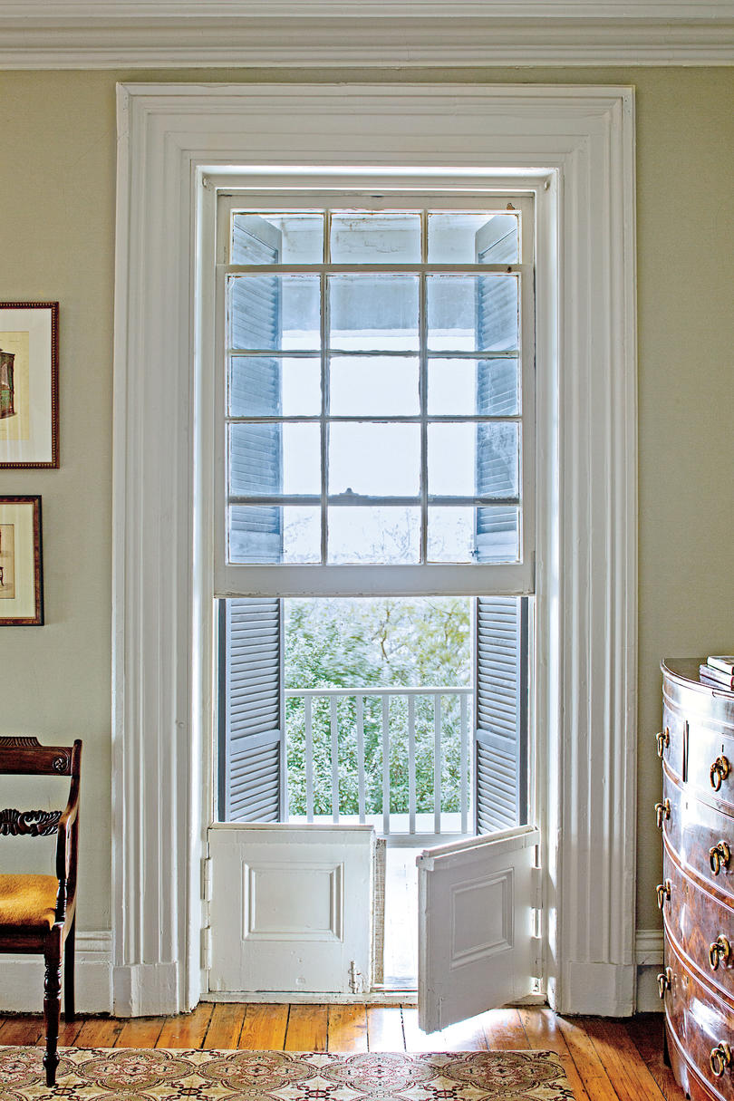 Jib Door & The Alexander Walker House - Southern Living