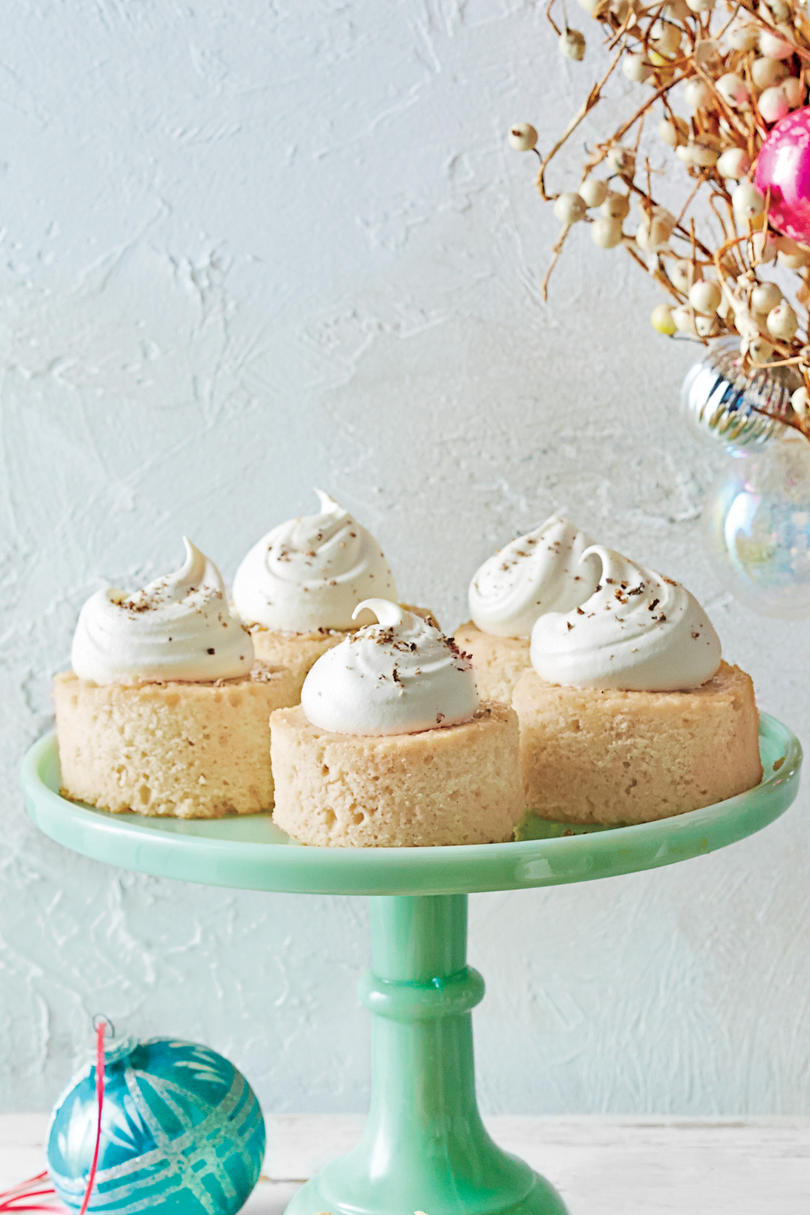 Milk Punch Tres Leches Cake
