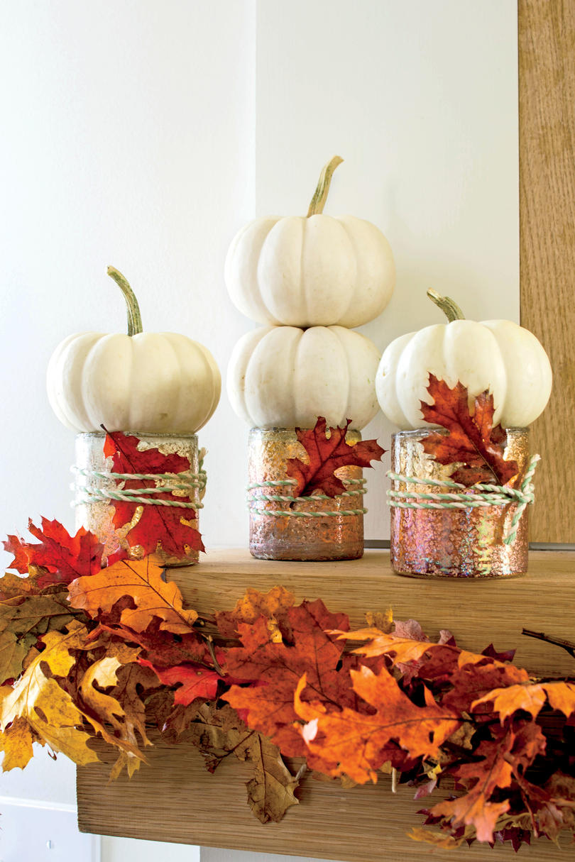 Easy pumpkin decorating ideas southern living for Simple pumpkin centerpieces