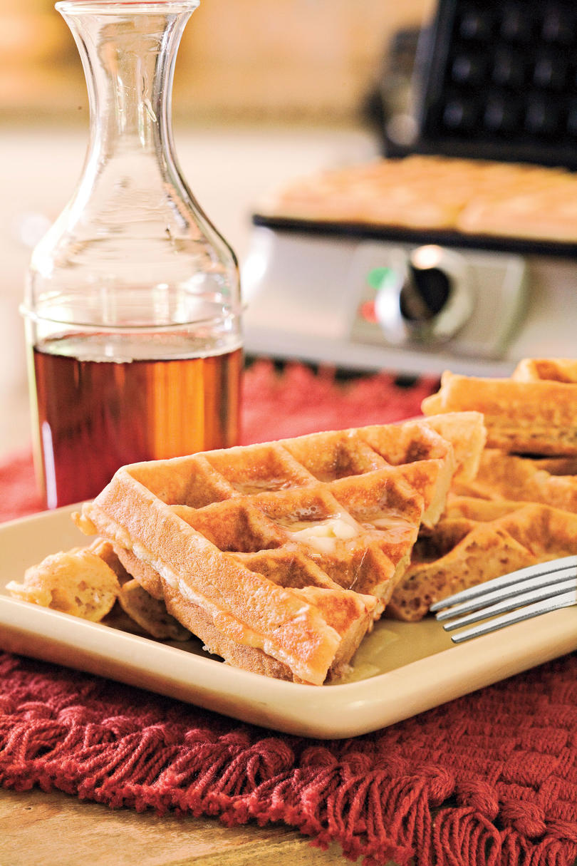 Father's Day Brunch Recipe Ideas: Oatmeal-Honey Waffles