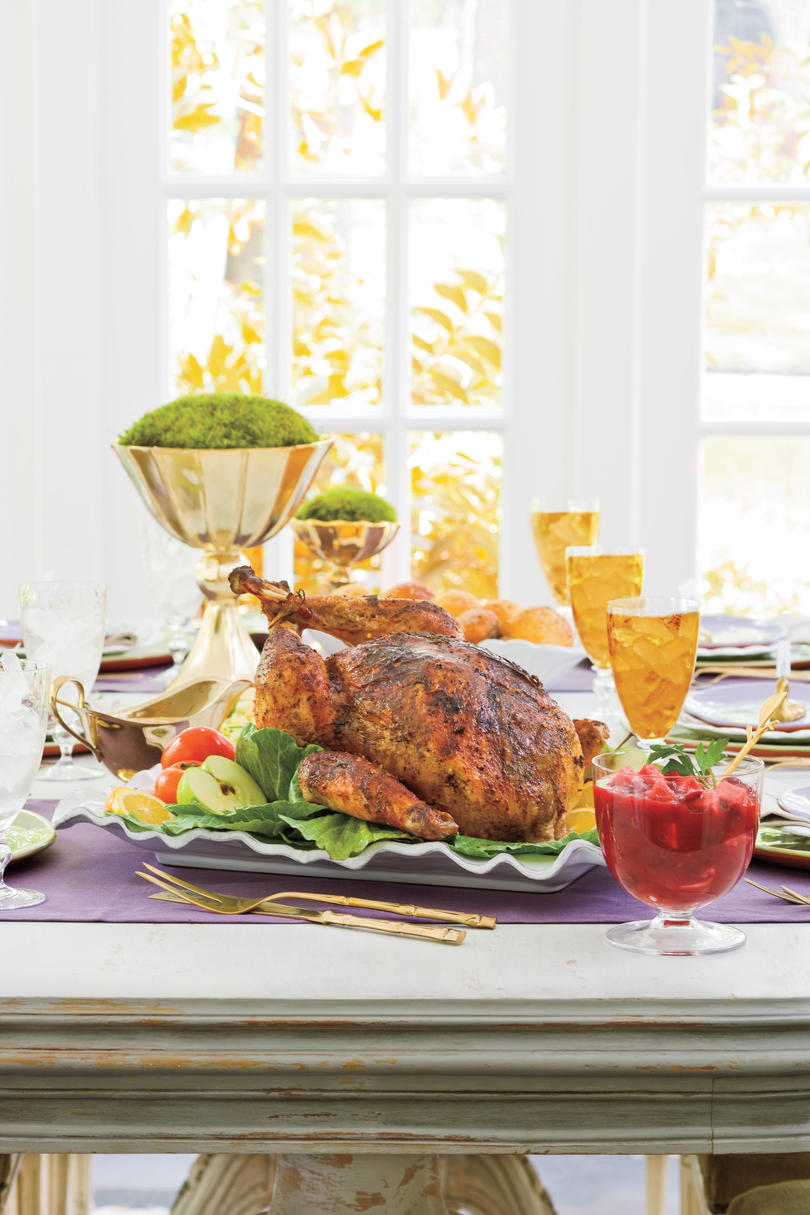 Holiday dinner party menus southern living for Traditional southern thanksgiving dinner menu