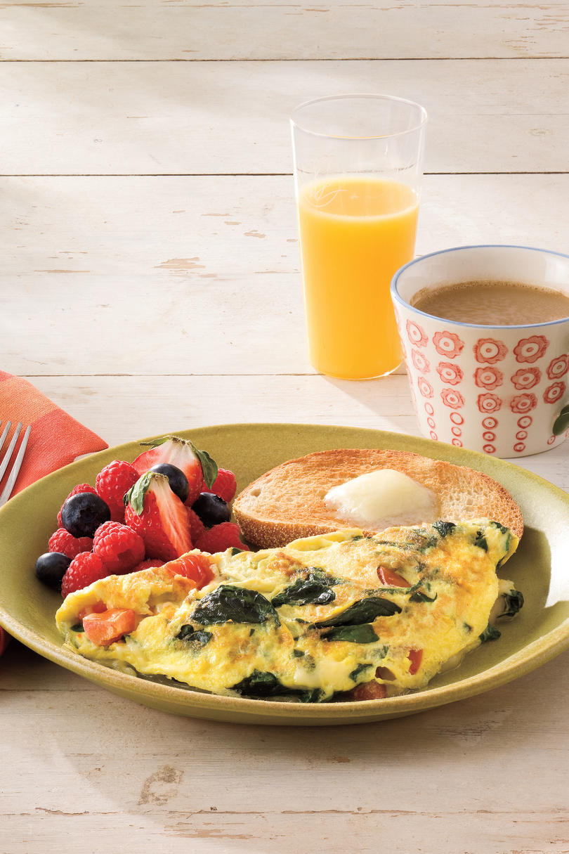 For Breakfast in Bed: Spinach-and-Cheese Omelet