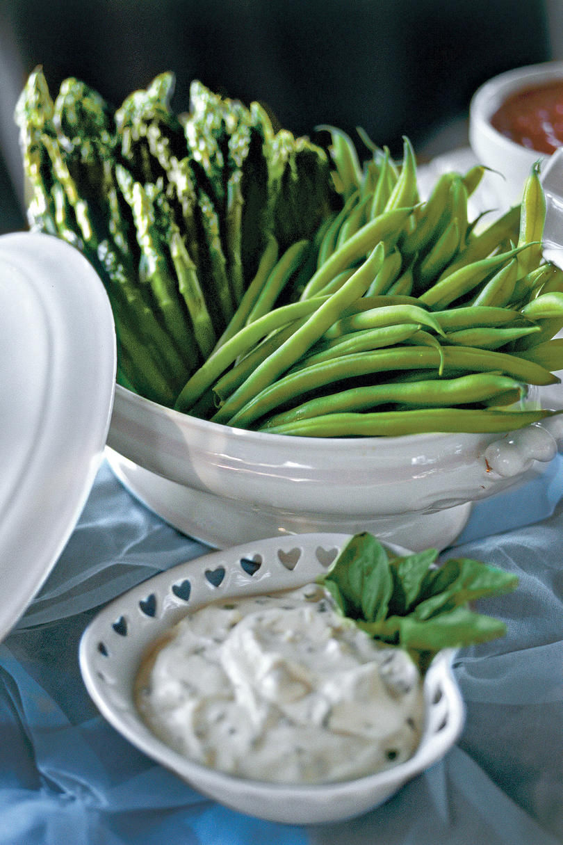 Steamed Asparagus and Green Beans With Lemon-Basil Dip