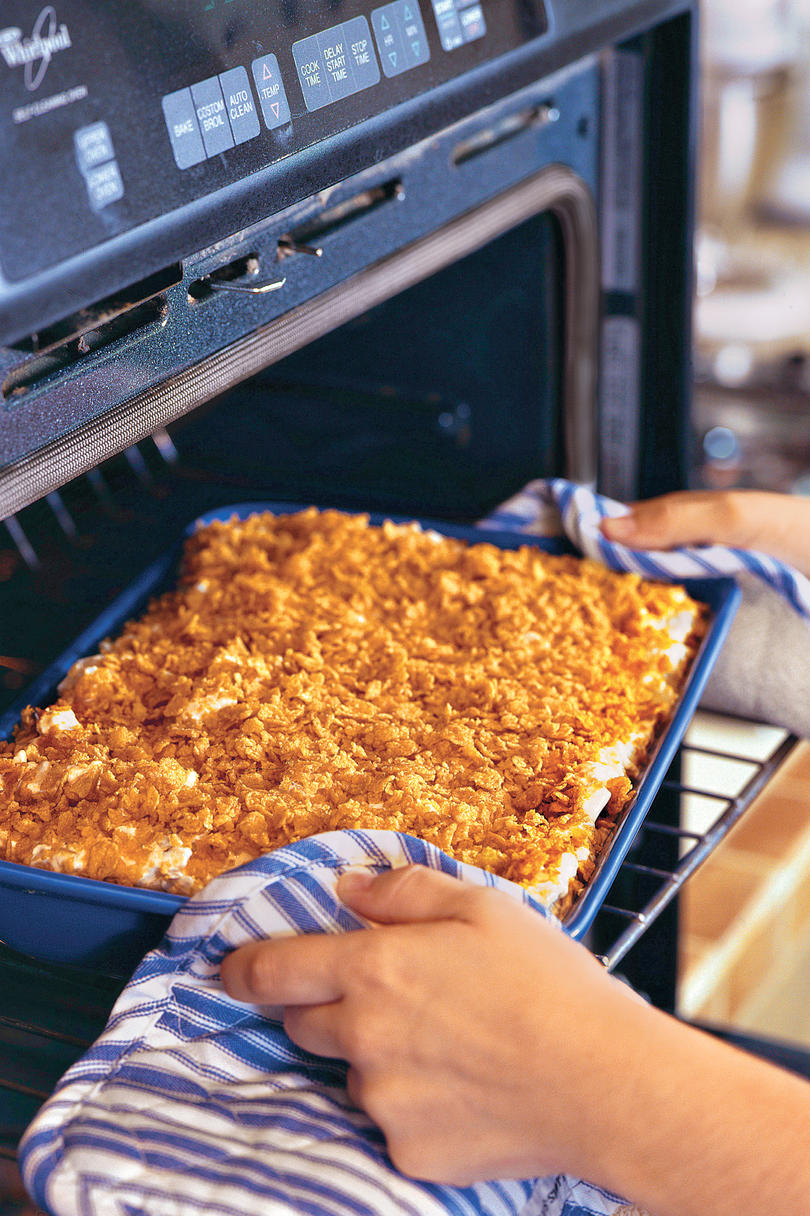 Best thanksgiving side dish recipes southern living thanksgiving dinner side dishes au gratin potato casserole recipe forumfinder Choice Image