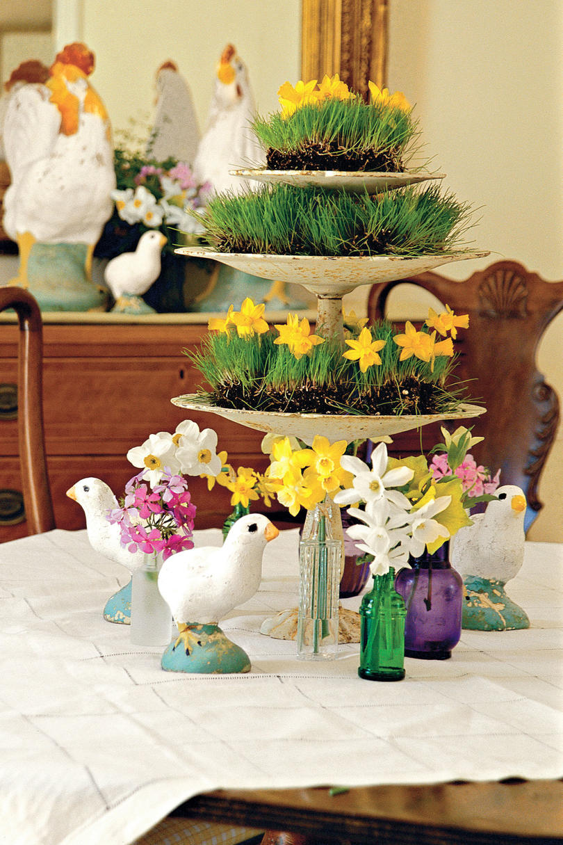 Spring table settings and centerpieces southern living wheatgrass and flowers centerpiece izmirmasajfo
