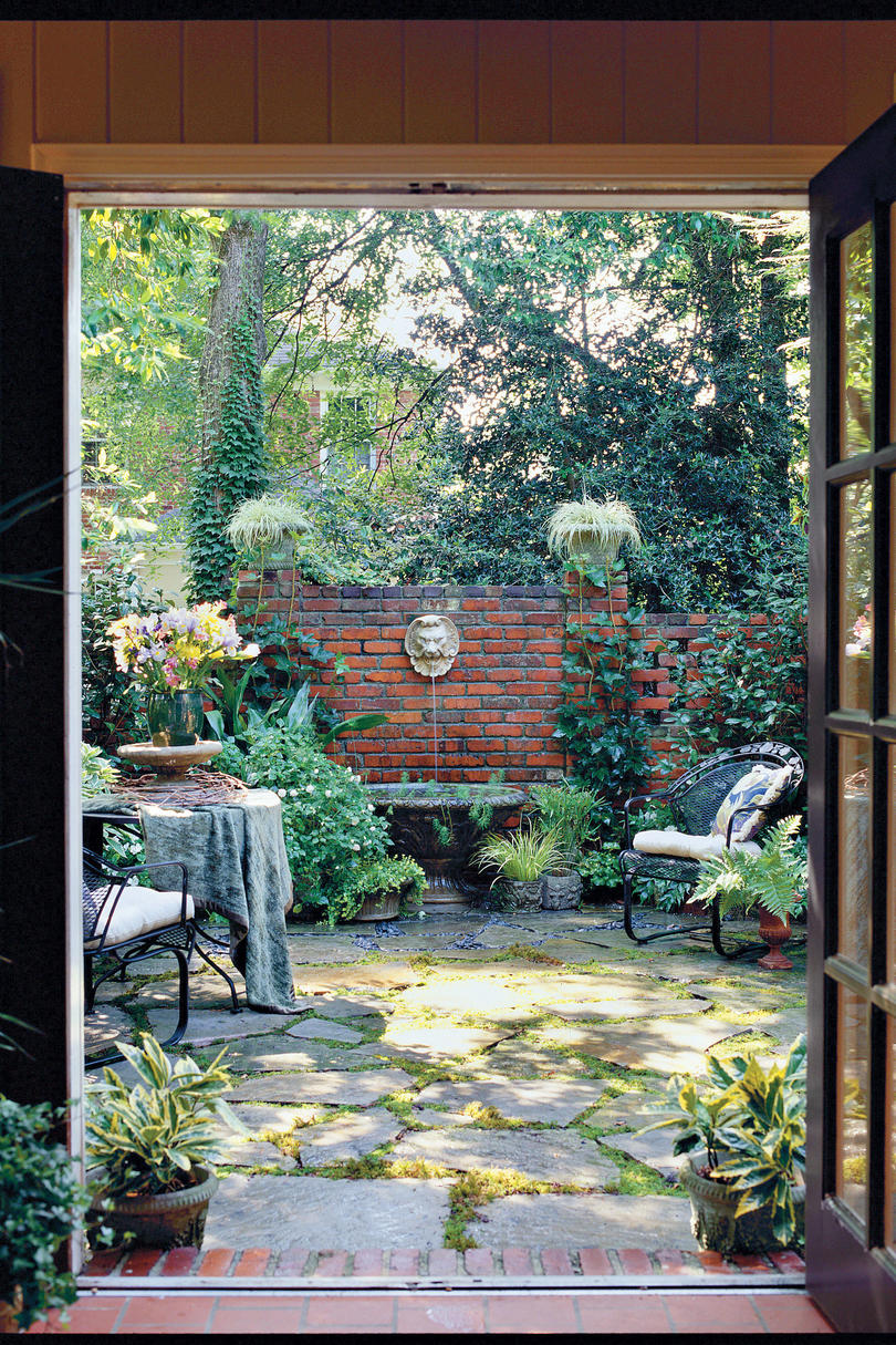 Courtyard Design And Landscaping Ideas: Classic Courtyards