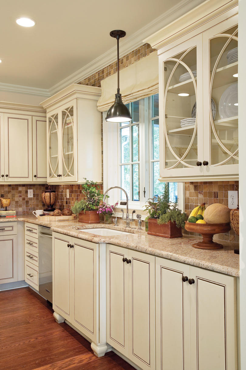 Creative kitchen cabinet ideas southern living for Southern living kitchen designs