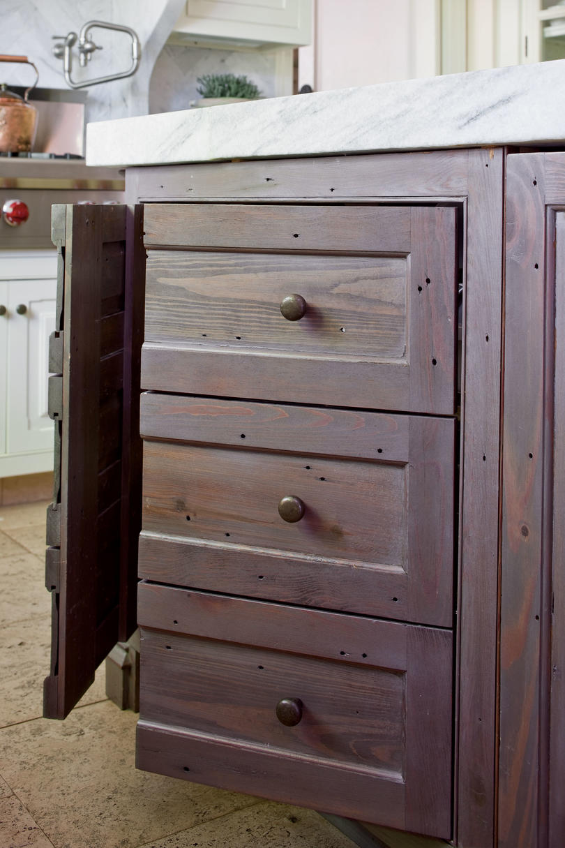 RX_1103 Dream Kitchen: Cabinetry Disguise