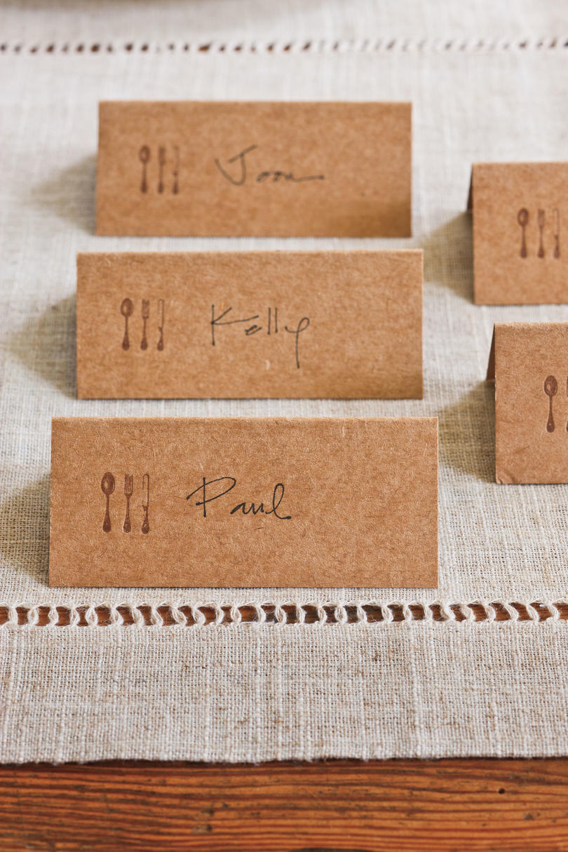 Use Inexpensive Place Cards