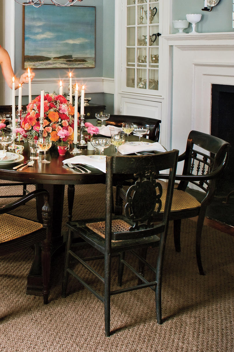 Southern home decorating ideas southern living for Southern home decor