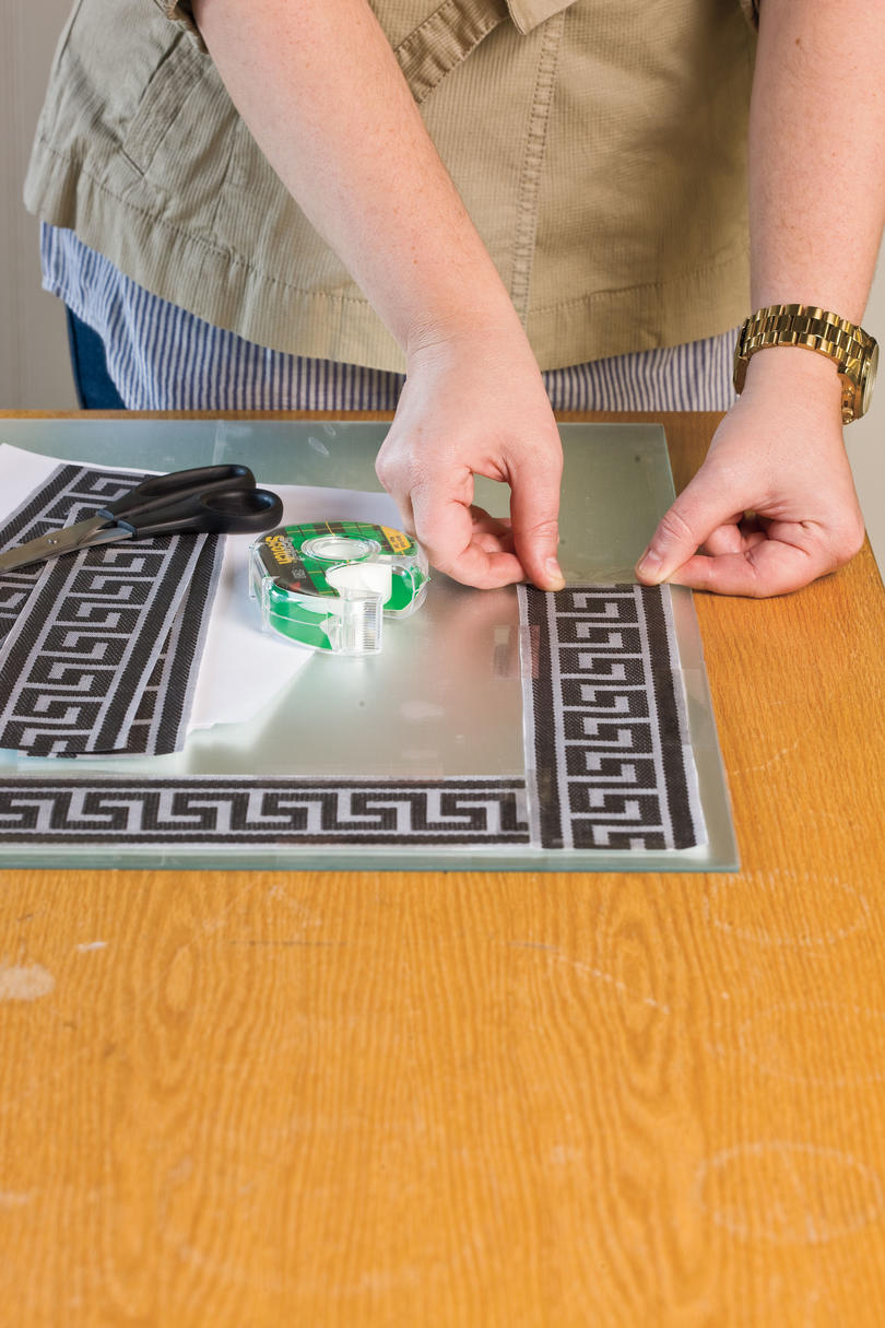 Do-It-Yourself Etched Wall Mirror: Create and Apply Your Pattern