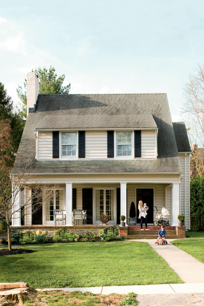 1920s style homes before and after farmhouse remodel southern living 10006