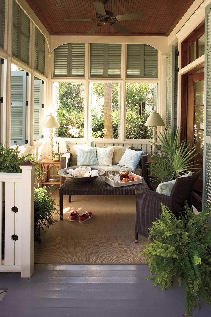 Perfect Nautical Coastal Home Decor: An Outdoor Living Room