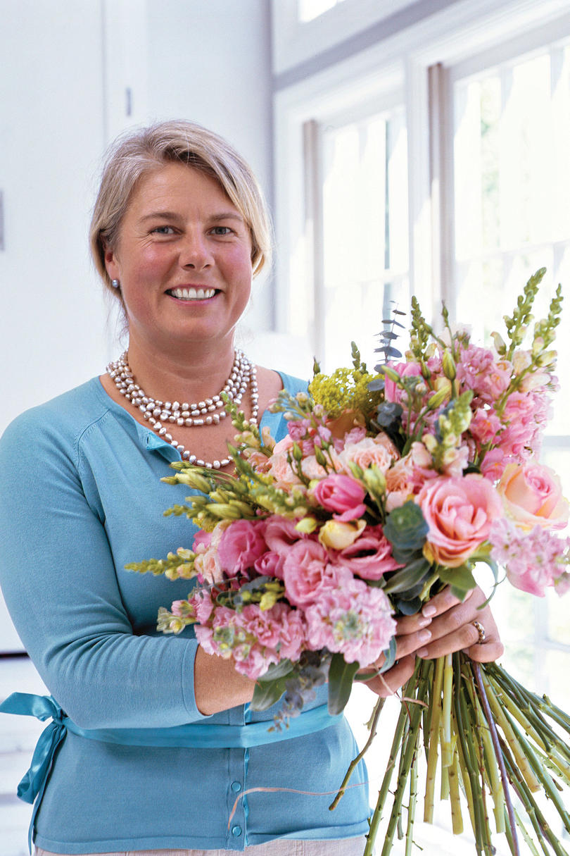 How To Make A Posy Bouquet Southern Living