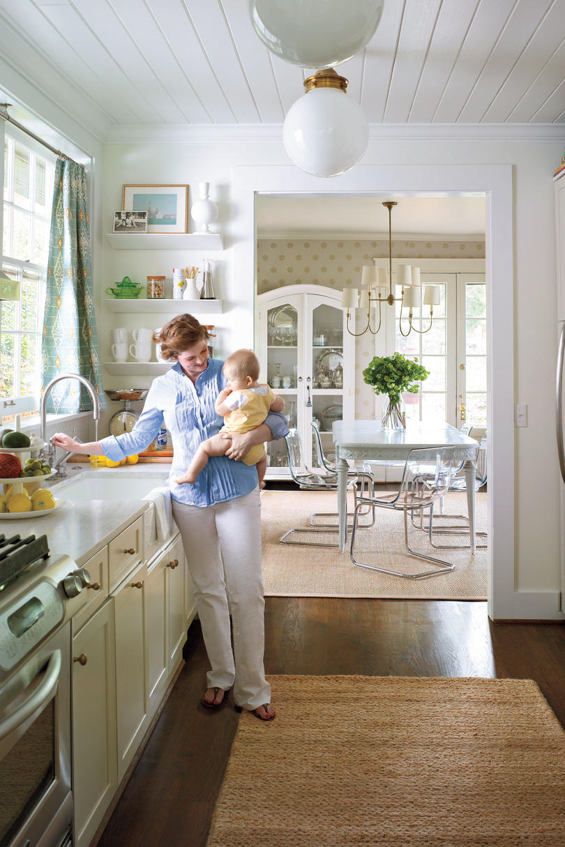 Small kitchen design ideas southern living for Southern kitchen design