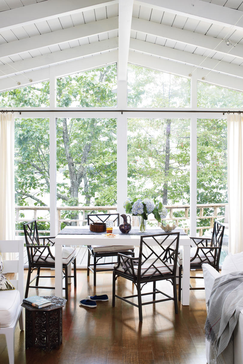 White Painted Home Decor Southern Living : pr7311hmwals1012191060 from www.southernliving.com size 810 x 1215 jpeg 221kB