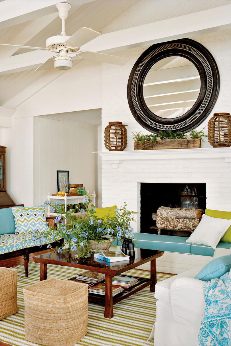Lake house living room decor - Add Extra Seating