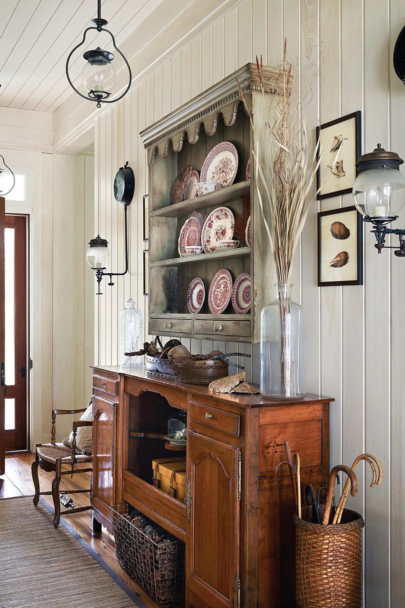 Creating a vintage look in a new home southern living for Normal home interior design