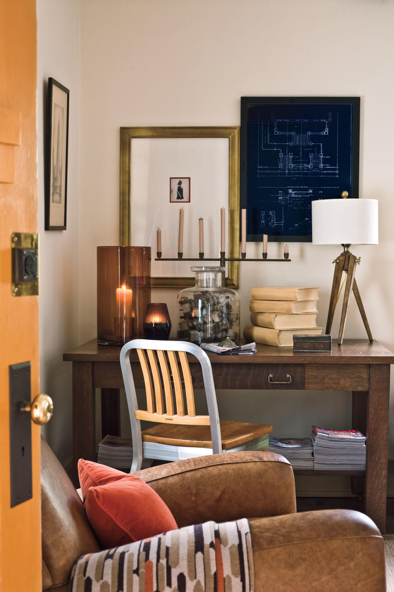 Craftsman Style Home Decorating Ideas Use Blueprints As Art