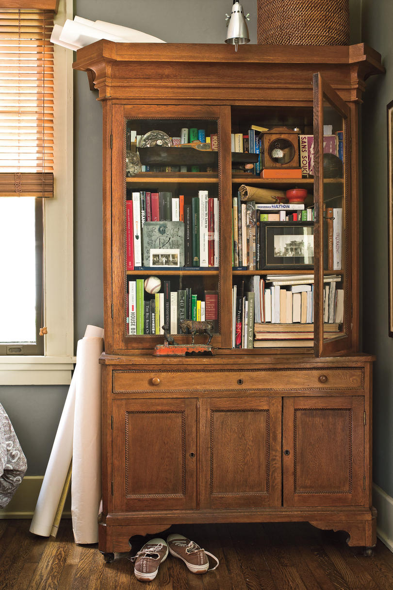 Craftsman Style Home Decorating Ideas: Make a Memory Cabinet