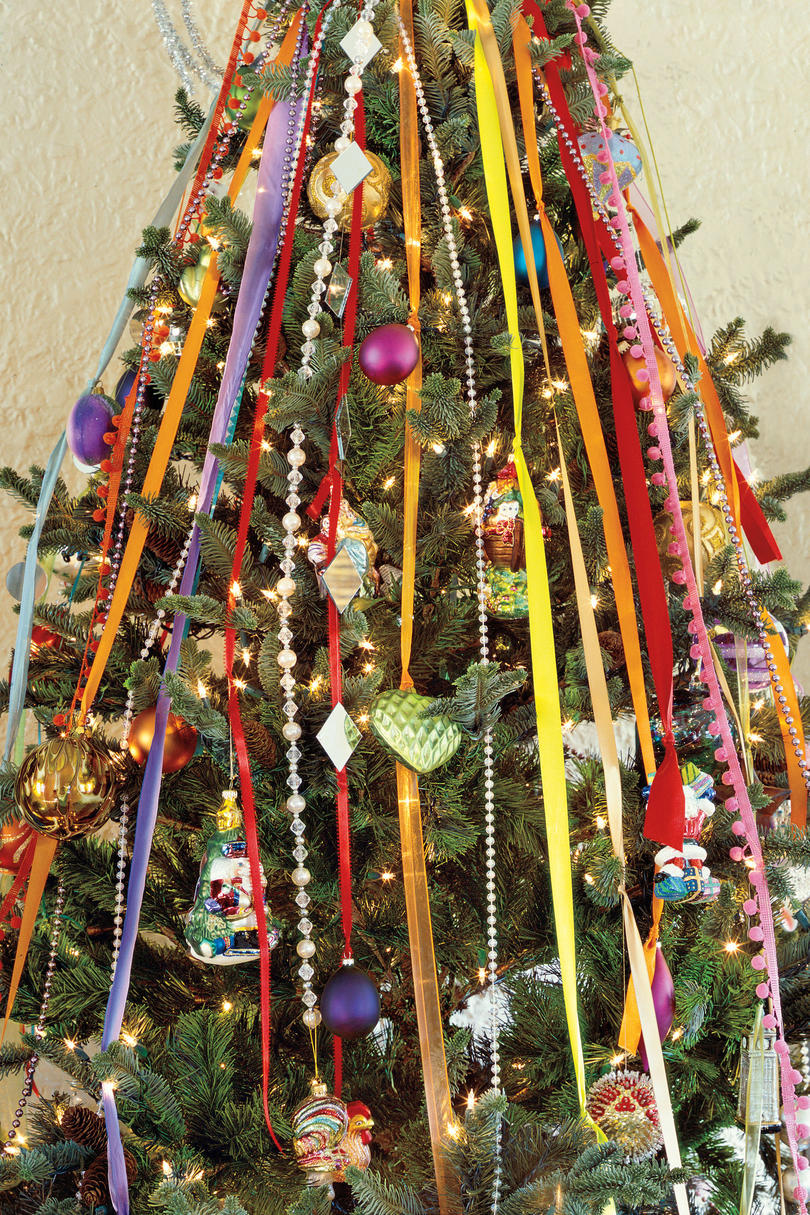 Decorating banisters for christmas with ribbon - Christmas Decorating Ideas Tree Ribbons