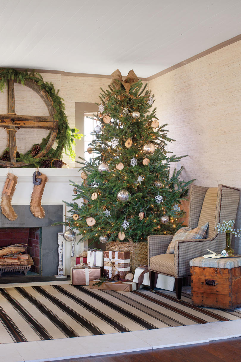 rustic christmas tree ideas tree decorating ideas southern living 30227