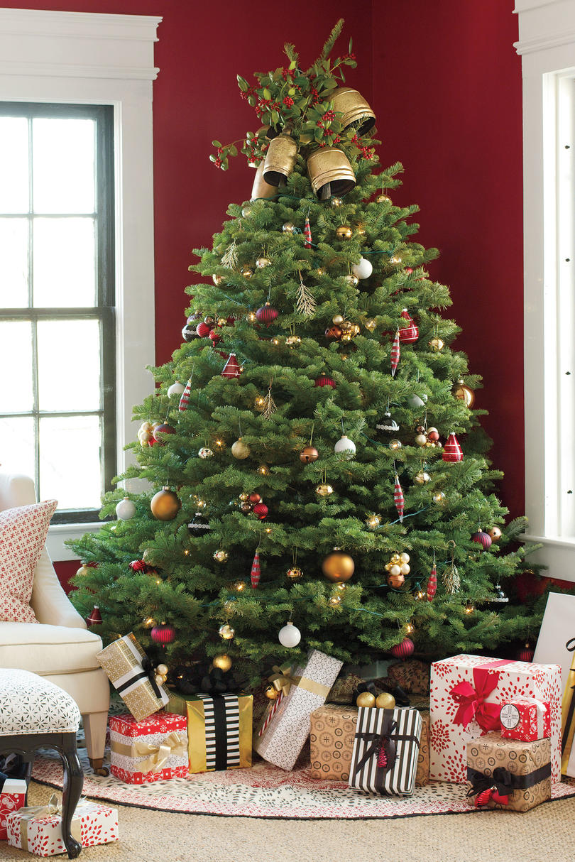 colorful classic christmas tree - Classic Christmas Trees