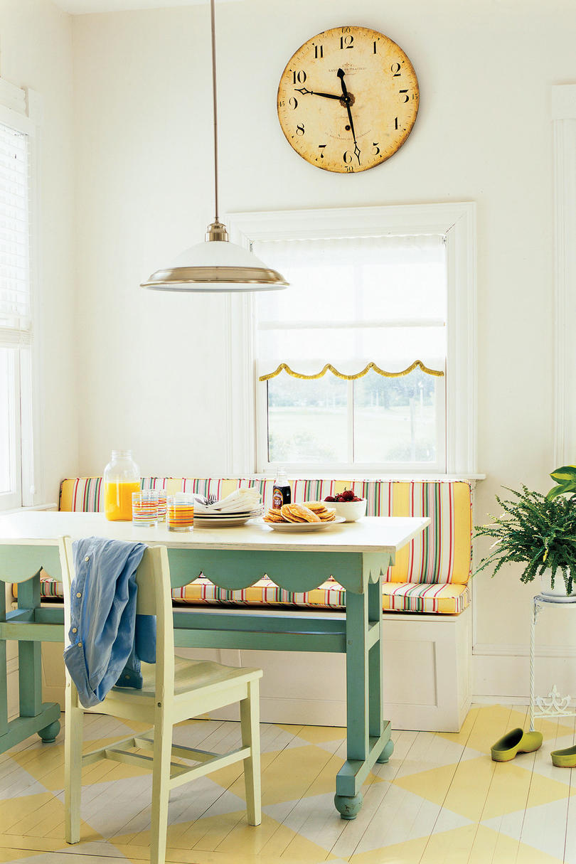 Farm Kitchen Remodeling Ideas: Breakfast Nook