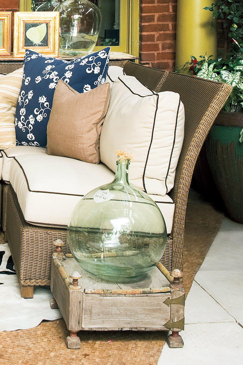 Porch Decorating Ideas: Furnishings