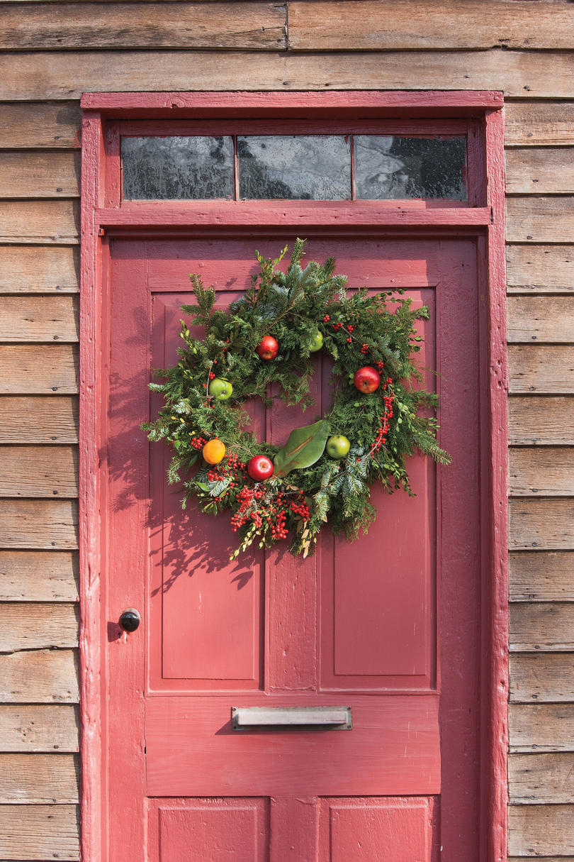 Fruit over the door christmas decoration - Winter Fruit Accent