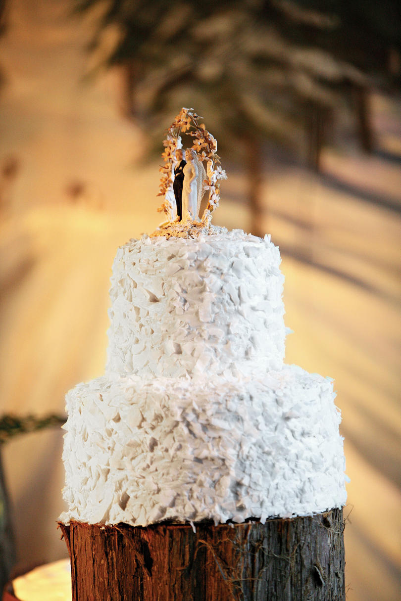 Winter Wonderland Wedding Cake