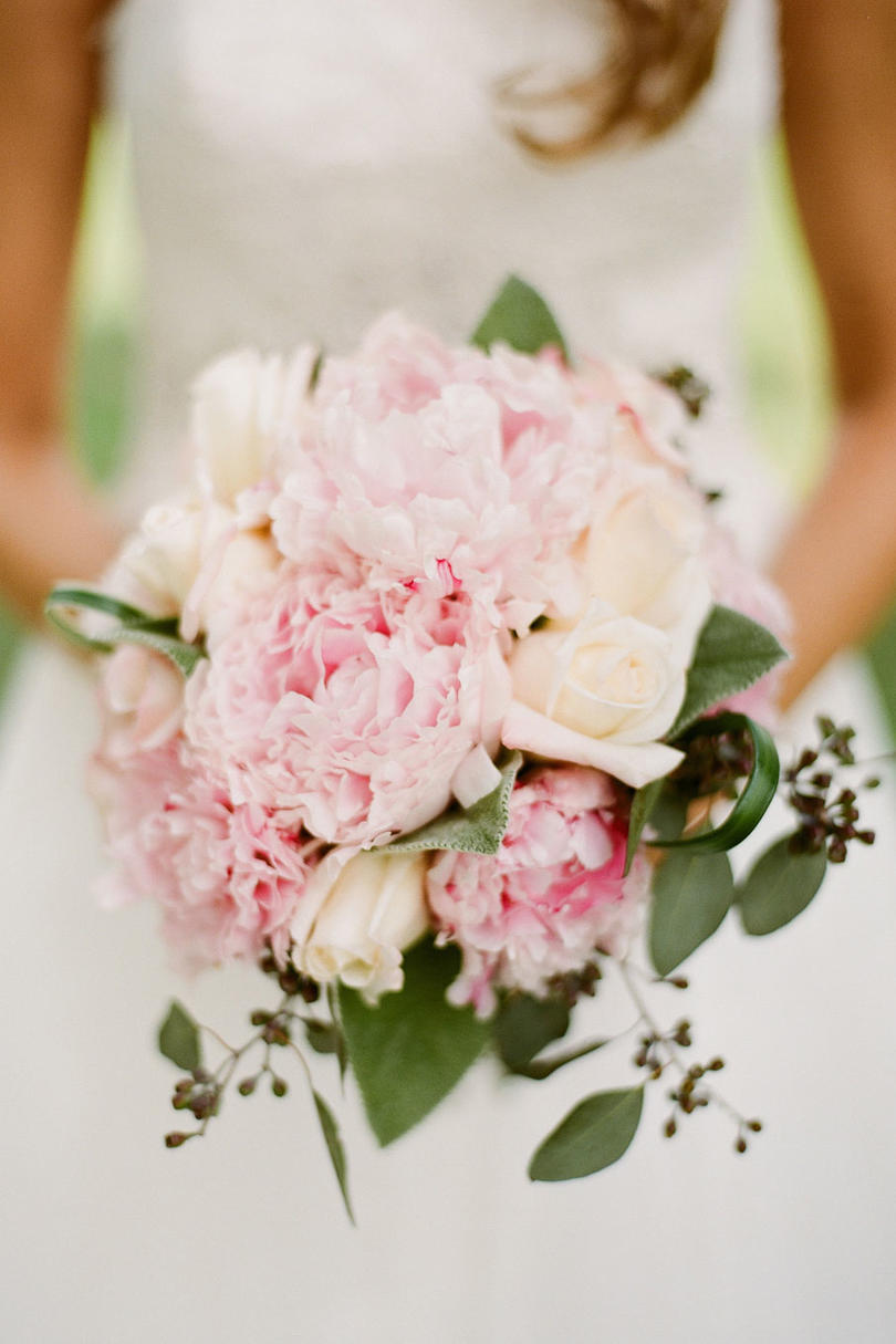 peony and rose bouquet