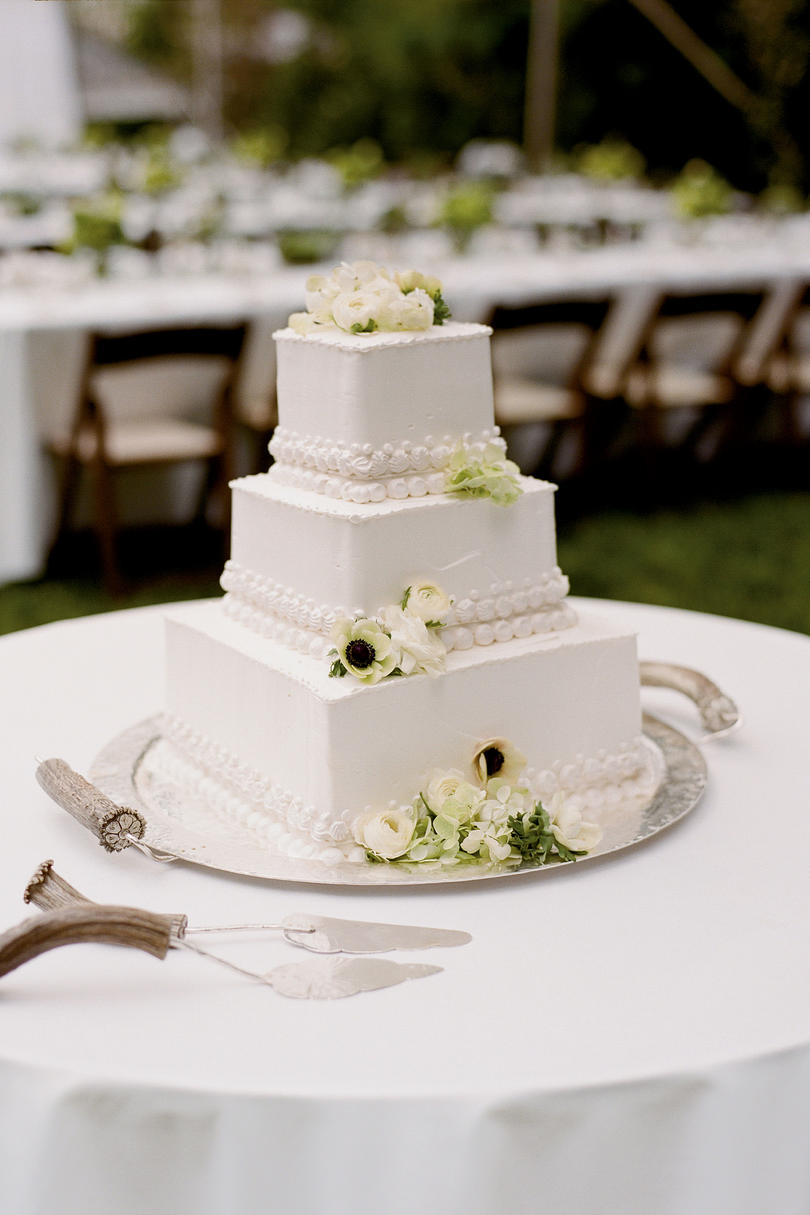 square wedding cake pics wedding cakes with pictures southern living 20393