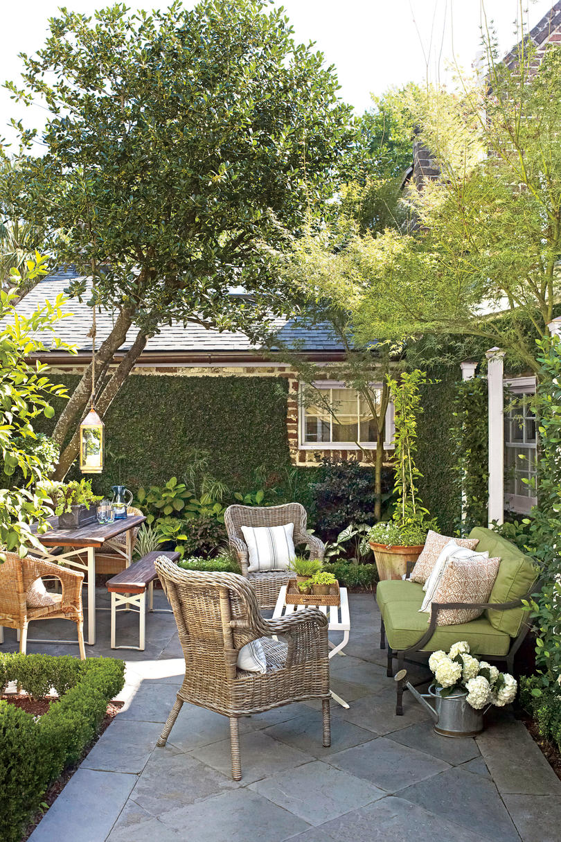 After: Historic Single House Garden