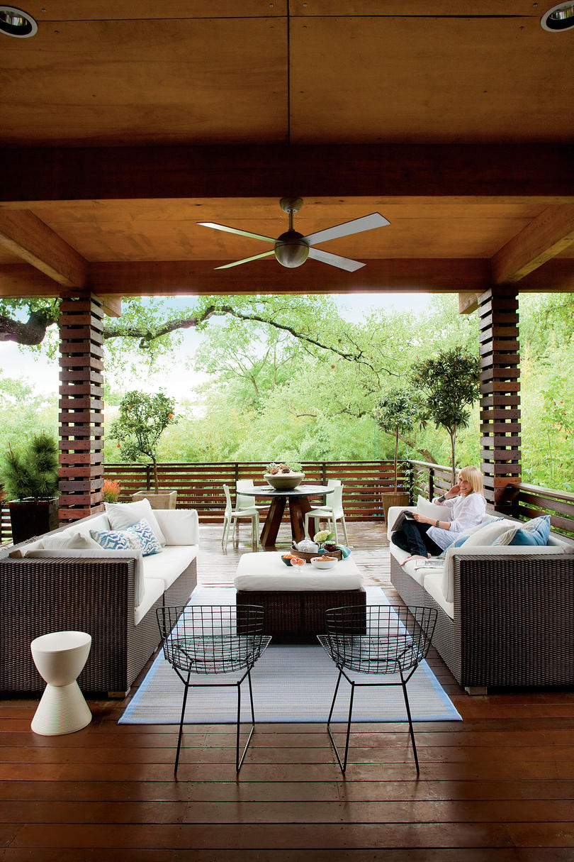 Zen inspired backyard deck southern living for Decorated decks and patios