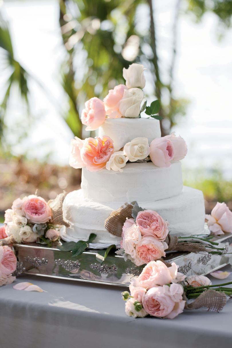 Garden Rose Wedding Cake