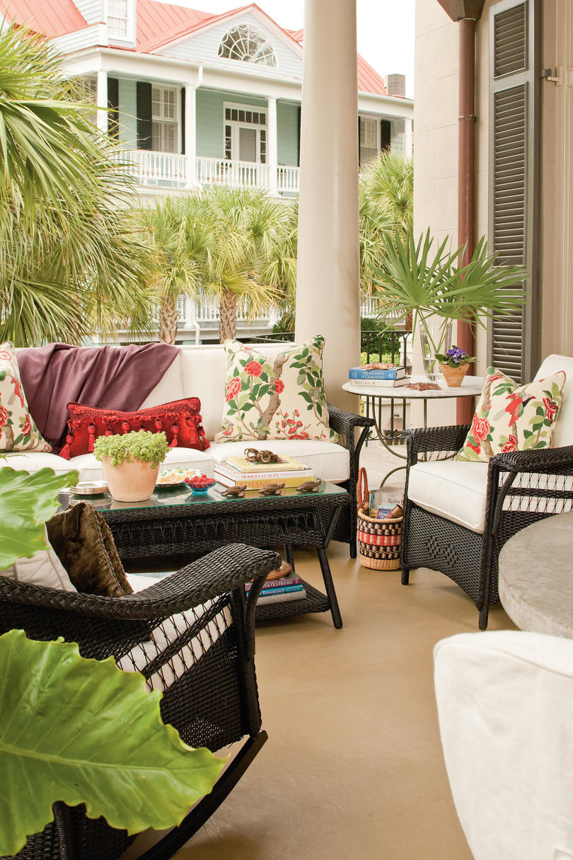 Porch and patio design inspiration southern living for Charleston style and design