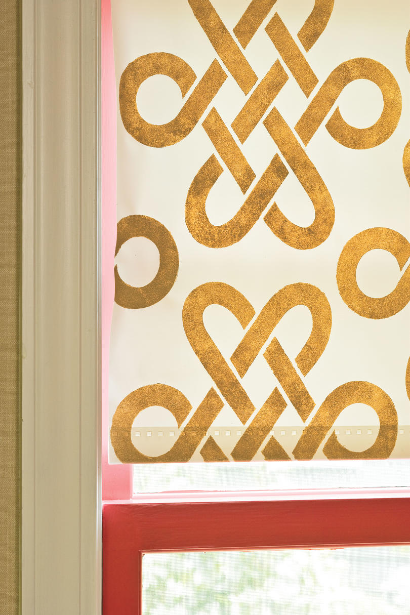 Window Designs: So Many Possibilities with Stencils